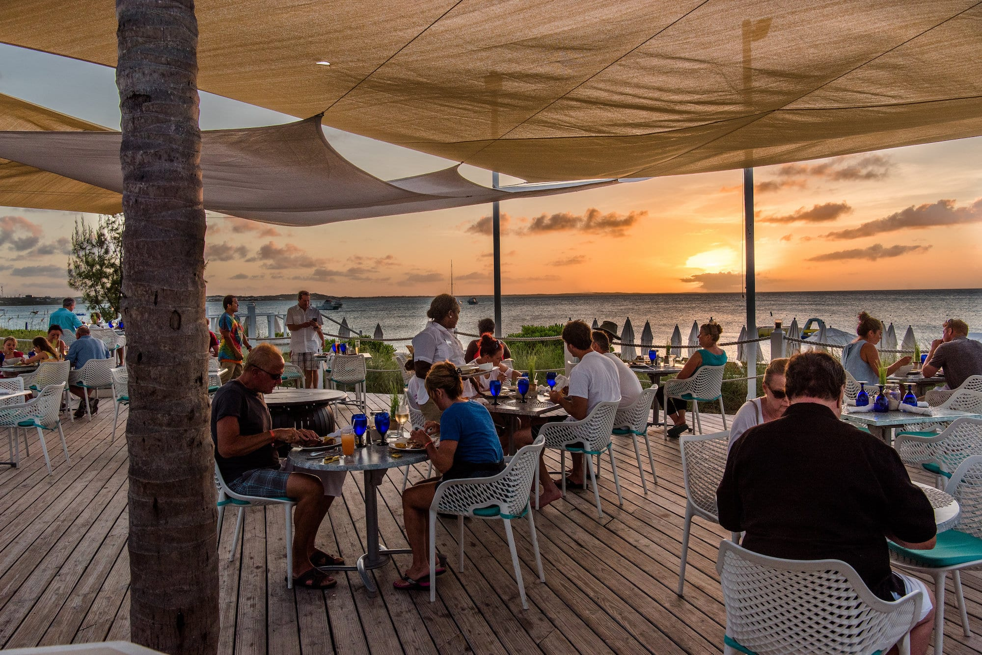 grace bay beach restaurants turks caicos